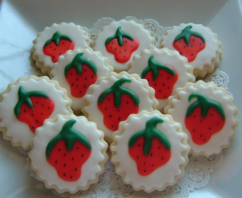 strawberry birthday cookie